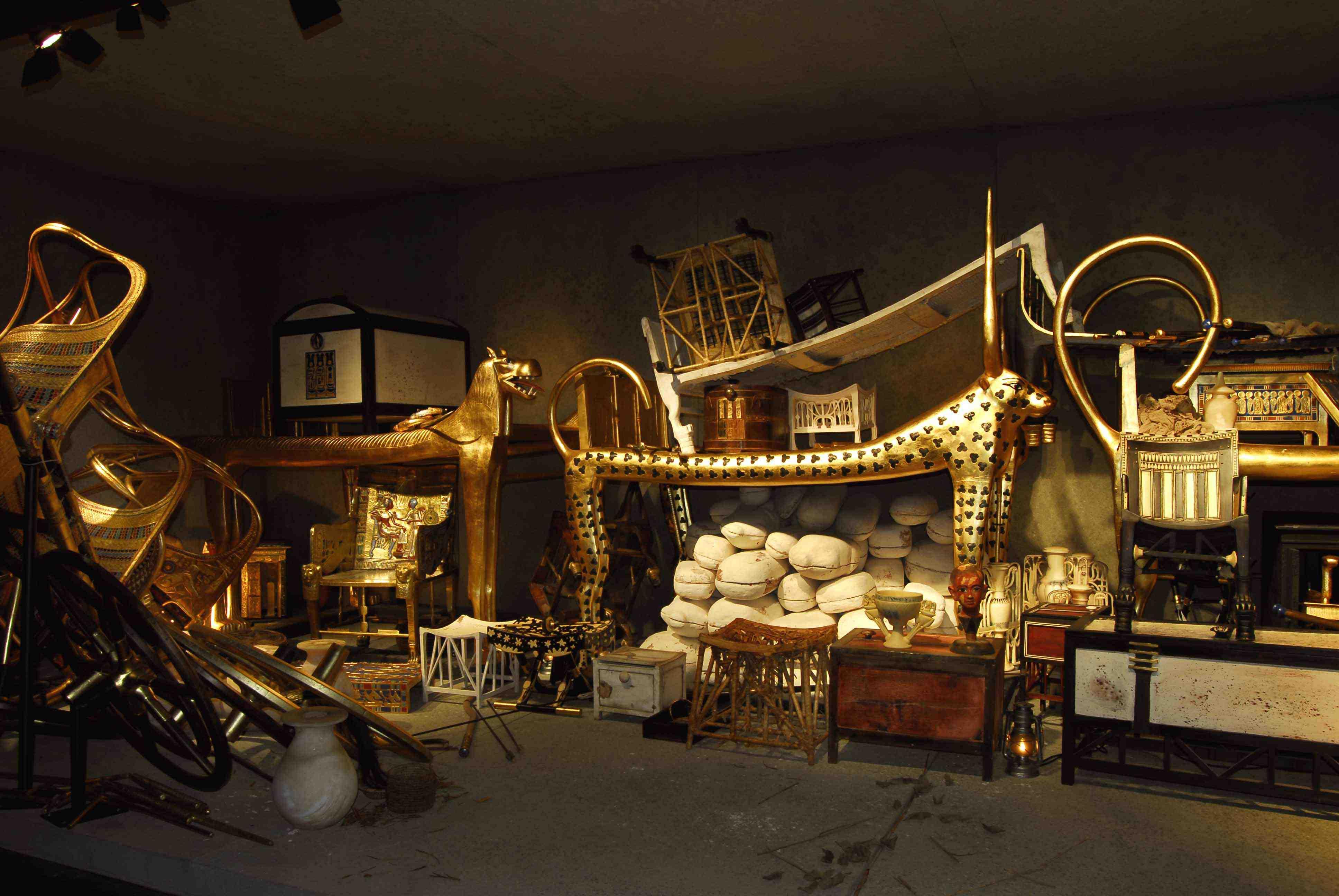 """En titt i gravens förrum. Från utställningen """"Tutankhamun, graven och skatterna"""". Foto: Semmel Concerts GmbH"""