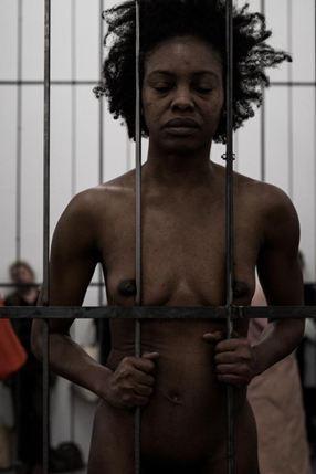 """Valérie Oka, """"Utan titel"""", 2015. Bild: Wiels Bryssel"""